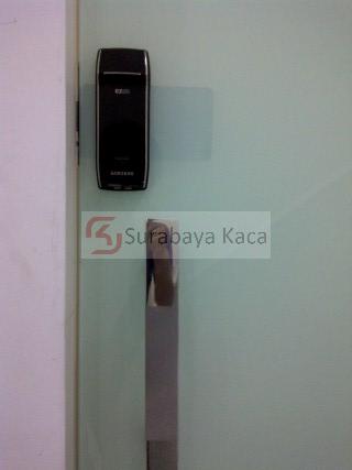 KACA ELECTRONIK LOCK